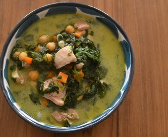 Chicken, spinach and chickpea curry