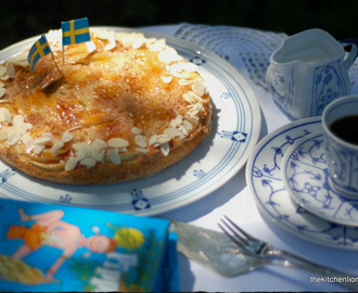 Swedish Apple Cake to celebrate the Royal Wedding in Sweden