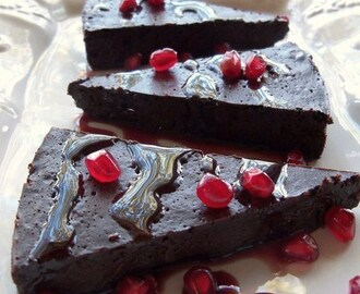 Flourless Chocolate Cake with Pomegranate Sauce