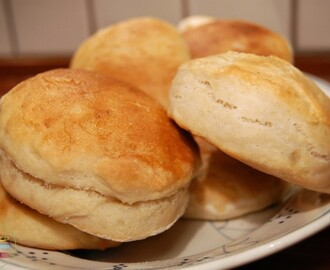 super simple yeast biscuits