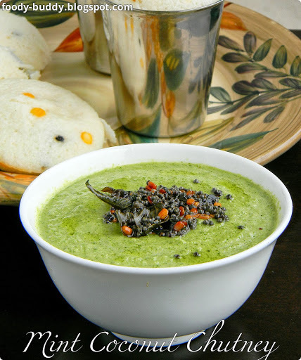 Mint Coconut Chutney | Pudhina Thengai Chutney - Side Dish for Idly and Dosa