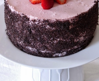 Epres joghurt mousse torta / Strawberry yogurt mousse cake