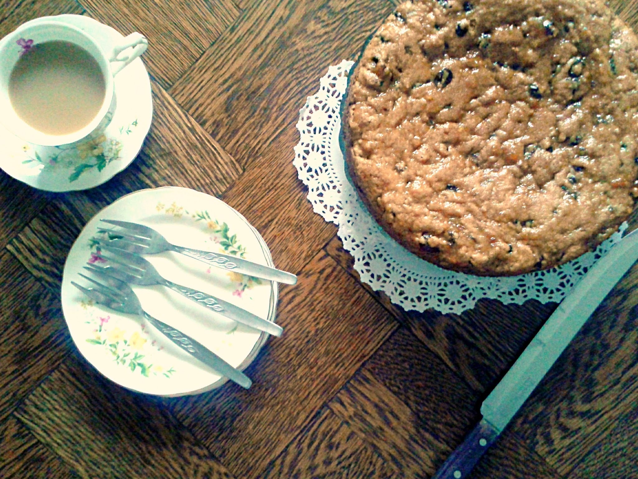 Vinegar Cake - A Vintage Fruit Cake Recipe