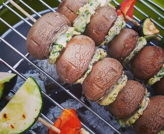 BBQ BESTIES: Stuffed Mushrooms! #delicious #vegan and soooo summerproof!