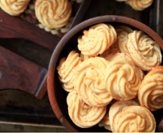 Resep Kue Kering Sagu Keju Easy and delicious..!