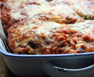 cabbage & red lentil lasagne
