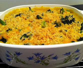 Chicken and Broccoli Casserole with Creamy Curry Sauce