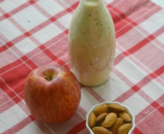 Apple Almond Breakfast Smoothie | Vegan Apple Smoothie