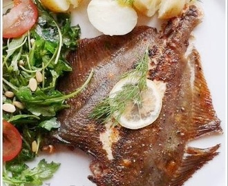 GRILLED WHOLE PLAICE / GERILLTE GANZE SCHOLLE