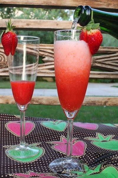 Strawberry Champagne Cocktail #BloggerCLUE