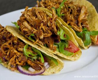 Pulled chicken bbq taco's
