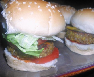 Weekend Treat - Veggie Burgers