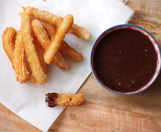 Churros met Nutella saus