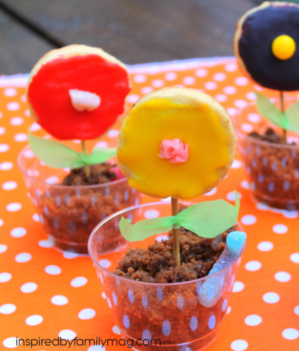 Cooking with Kids: Edible Worm and Dirt Flower Pots