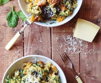Spinach & Ricotta Pasta With Roast Butternut Squash & Red Onion