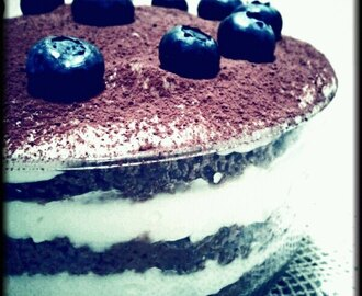 MY BLUEBERRY CAKE.....(TORTA DI MIRTILLI)