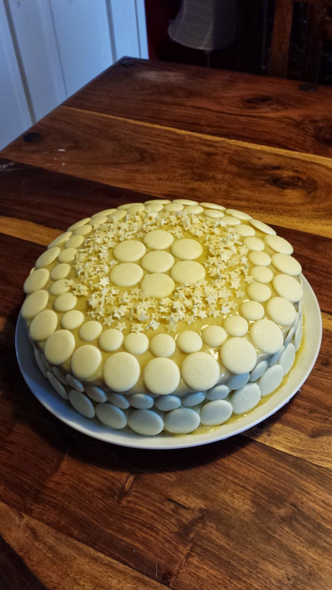 Recipe: White Chocolate and Lemon Mud Cake
