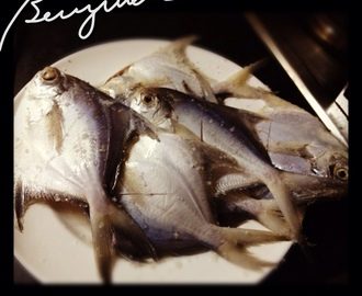 Frying Pomfret Fish