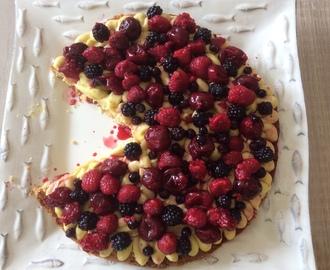 recettes de tarte sabl e fruits rouges surgel s cr me patissi re mytaste. Black Bedroom Furniture Sets. Home Design Ideas