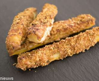Low carb recept: courgette frietjes met kaas