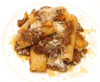 Ragu of Oxtail & Pork Belly, Rigatoni, Pecorino
