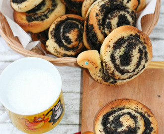 Mohnschnecken con crema - Poppy seeds snails with cream