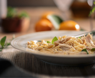 Lemon Chicken & Orzo Soup