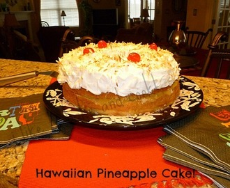 My Hawaiian Pineapple Birthday Cake!!!!!