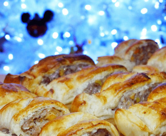 Festive Sausage Rolls {Create Christmas: Day 30}