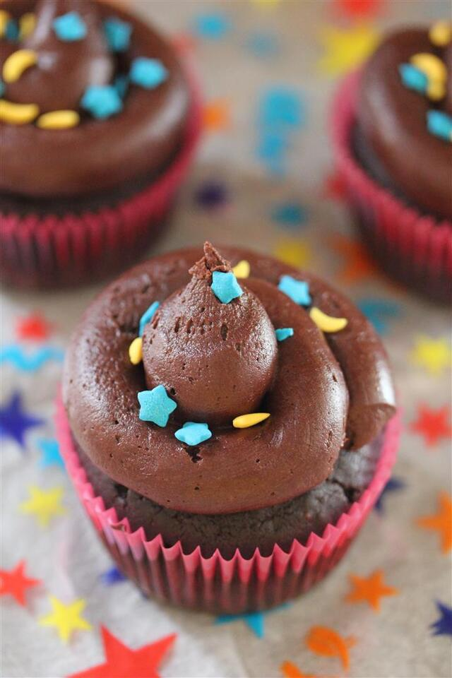 Chocolate Oreo Cupcakes with Chocolate Frosting