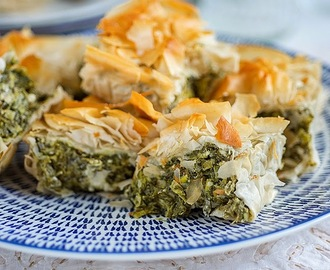 Easy spanakopita (spinach pie)