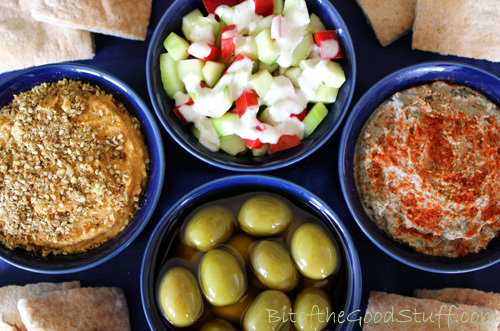 Mezze Lunch Platter – Sun-Dried Tomato Houmous, Baba Ganoush, Confetti Salad, Marinaded Olives, Flatbreads