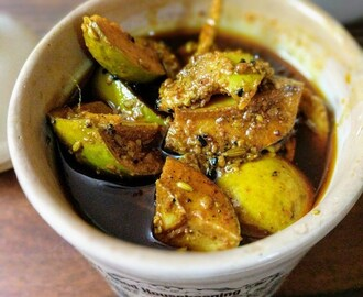 Aam Ka Achaar Recipe | Mango Pickle North Indian Style