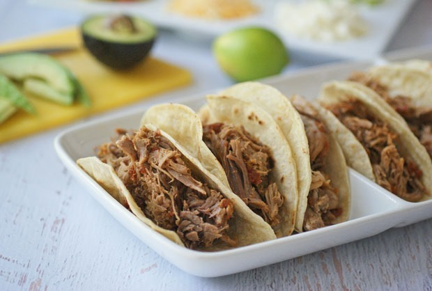 Slow Cooker Spicy Pulled Pork Tacos #McCormickTacoNight