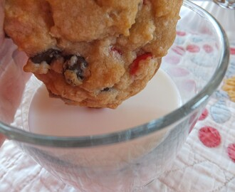 Chocolate Cherry Chip Crunchy Cookies