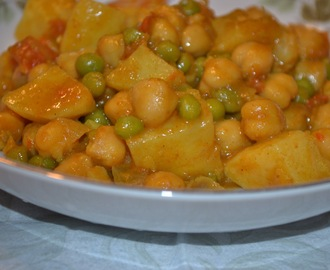 Curry Craze Part Duex – Channa and Aloo (Potato) Curry