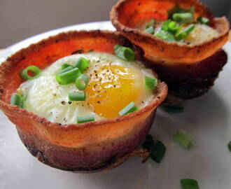 Bacon and Eggs in Toast Cups