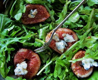 the sexy fig undressed – arugula, fig, and blue cheese salad