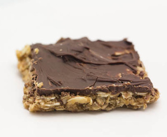 Oatmeal Date Bars with Chocolate