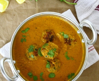 Chicken Kofta Curry (Meatballs In A Delicate Indian Curry)
