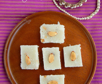Coconut Burfi / Thengai Burfi Recipe / Easy Diwali Sweet