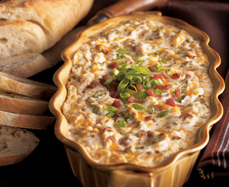 Warm and Creamy Bacon Dip - Daisy Brand