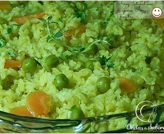 Arroz Integral com Legumes ao Curry e Gengibre