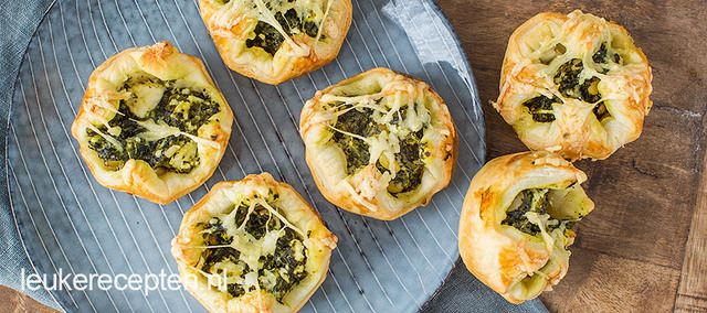Mini spinazie feta quiches