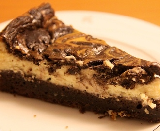 Brownie Cheesecake (Brownie Juustokakku)