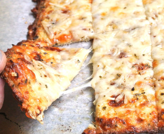 #ThrowbackThursday Cheesy Garlic Cauliflower breadsticks