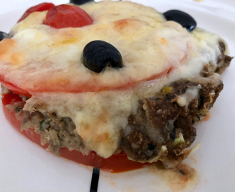 eggplant pie with tomatoes, cheese and mozzarella