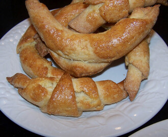 Incredibly Easy Gluten Free Crescent Rolls, #gluten free  #gsweets