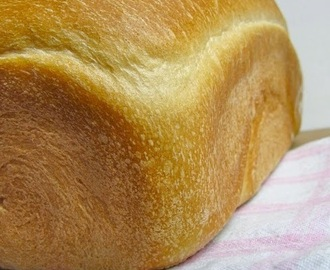 White toast / sandwich loaf...