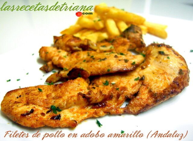 Filetes de pollo en adobo amarillo (Andaluz)